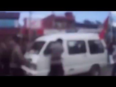 Ini Video Polisi Hancurkan Kaca Taxi dalam Demo Damai KNPB