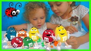 Invatam CULORILE cu  M&M's☺Video Educativ pentru copii☺Learn Colors With M&M's for Kids