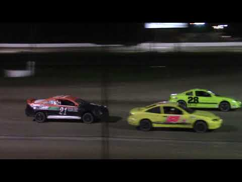 Ransomville Speedway 4 Cylinder Feature Highlights 9-8-17