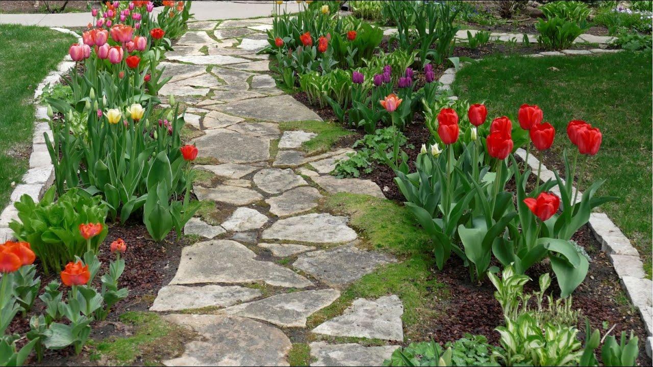 Take a Garden Tour of Rosanne's Spring Garden for Inspiring Design Ideas