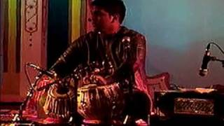 Ravi S.K. Singh Tabla Solo - Winnipeg 2008.avi