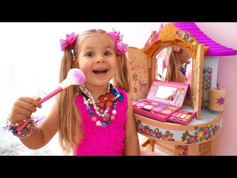 Diana Pretend Play Dress Up & makeup toys