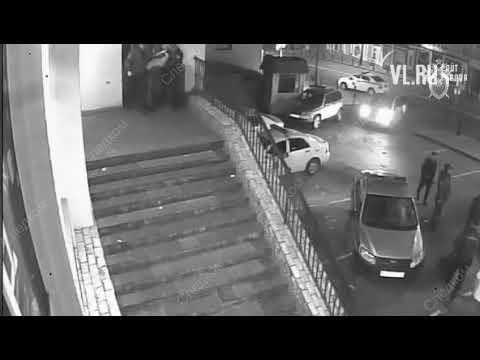 VL.ru - Арест дебоширов у бара Владивосток