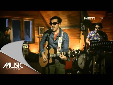 Music Everywhere - Naif Band - Mobil Balap