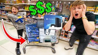 Anything You Fit In The Cart, I'll Buy It Challenge w/LITTLE BROTHER!!