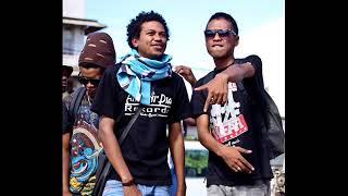 TANN FAYA feat Mr SAYDA -  Wake Up Mada