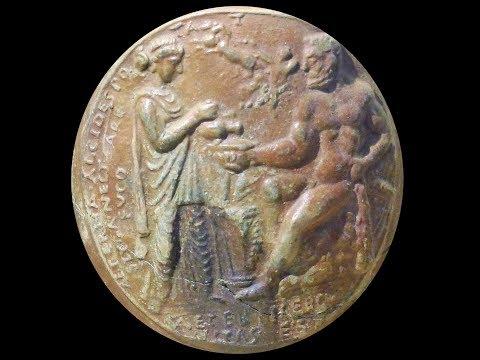 Arles antique. Aspects de la civilisation gallo-romaine: verrerie, céramique, sculpture.