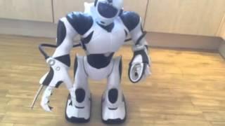 robosapien v2 wow wee robot dancing