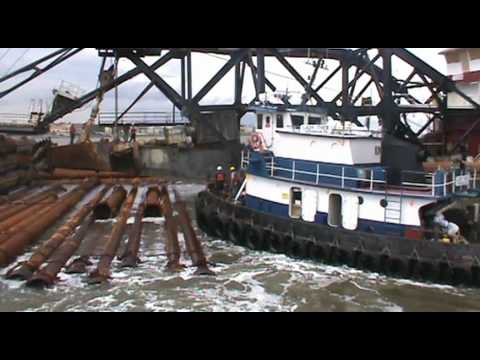 Dredge Texas Offload 2