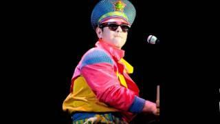 #6 - Tiny Dancer - Elton John - Live in Chicago 1988