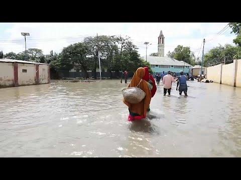 شاهد: مئات الآلاف ينزحون في الصومال بسبب تجدد الفيضانات …  - نشر قبل 30 دقيقة