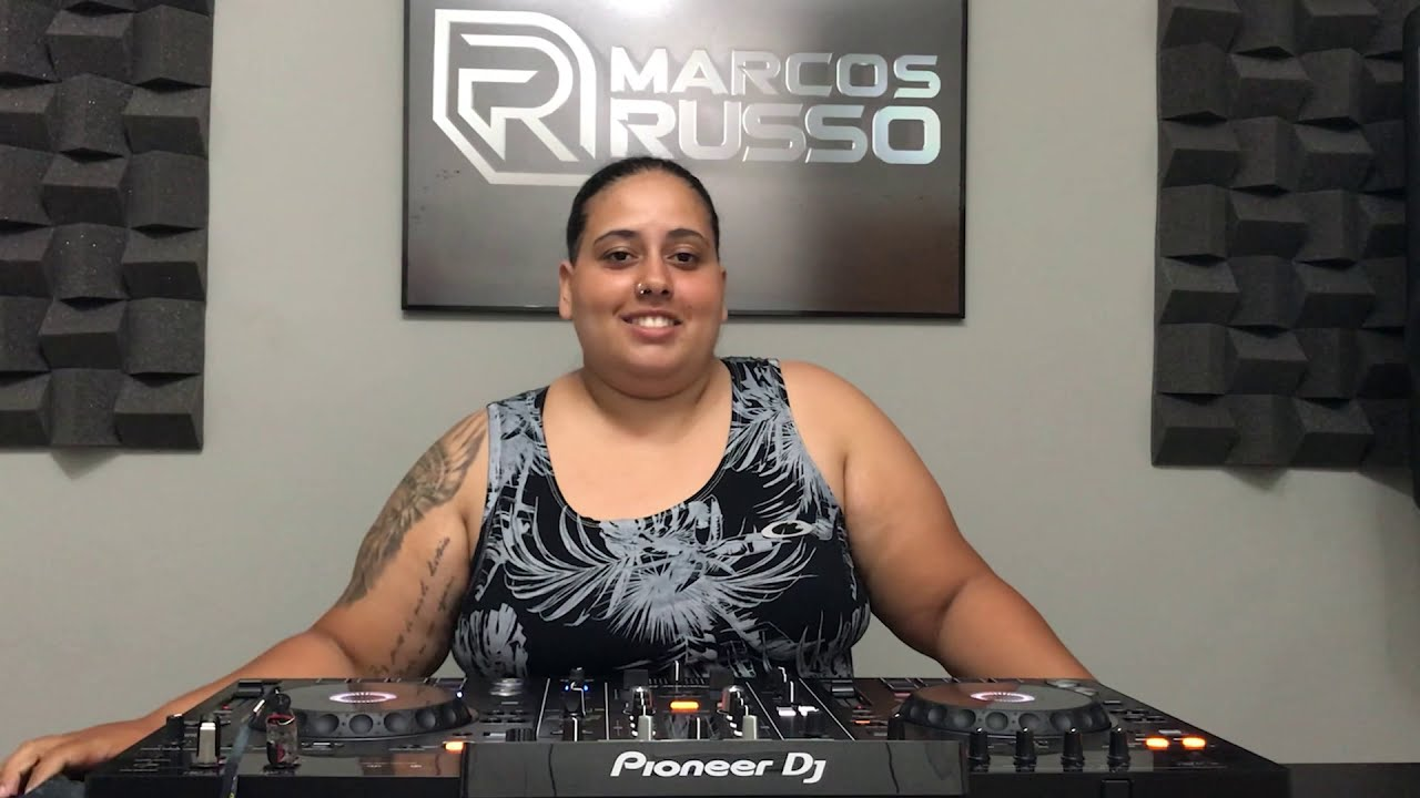 Curso de DJ Profissional - Depoimento da aluna Sarah Hemilyn [Studio Marcos Russo]