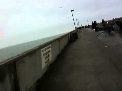 Fishing at pacifica pier youtube for Pacifica pier fishing report