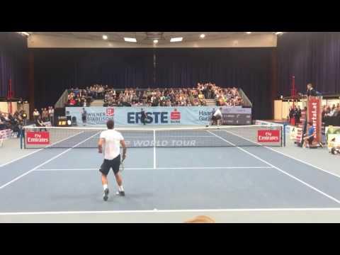 Victor Troicki goes crazy in vienna / Victor Troicki rastet aus in Wien
