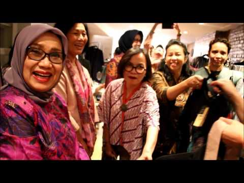 Ibu Mufidah Jusuf Kalla Mengunjungi Butik Indonesia di New York