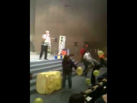 Balloon fun at PreTeen Invasion 2013
