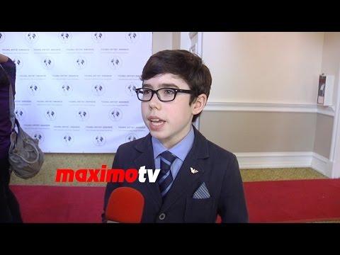 Brendan Heard Interview Young Artist Awards 2015 Red Carpet streaming vf