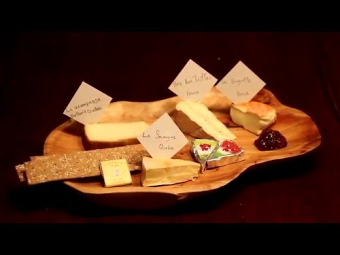 Cheesy Place - Cheese of the Month Club - Unboxing
