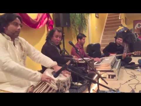 Raat Pehli Hai- Rafaqat Ali Khan and Haroon on Tabla with Hum Band