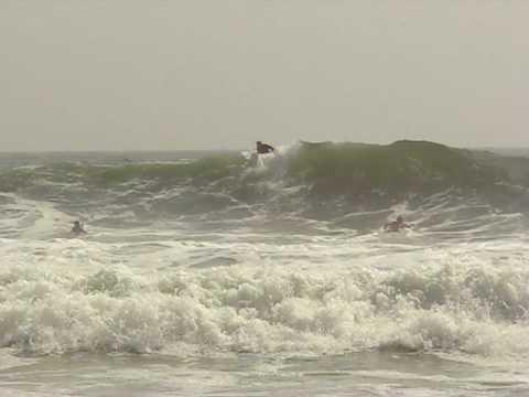 Va Beach Surfers Ride The Huge Waves From Hurricane Bill