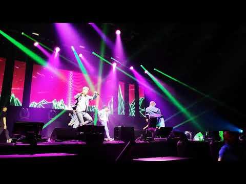 "B.A.P ""Forever With BABYz"" 2018 Europe Tour Düsseldorf/Germany - Feel So Good"