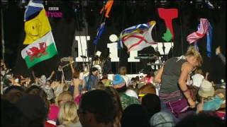 Lily Allen - The Fear(Live T in The Park)