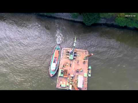 Measurement of ship propeller induced currents on Bubendey embankment in the Port of Hamburg   Video
