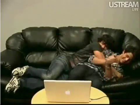 Jonas Brothers Live Chat On Facebook (05-28-09) - Part 6