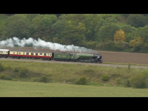 60163 Tornado hauling the VSOE British Pullman through Newton St Loe 23/09/2015