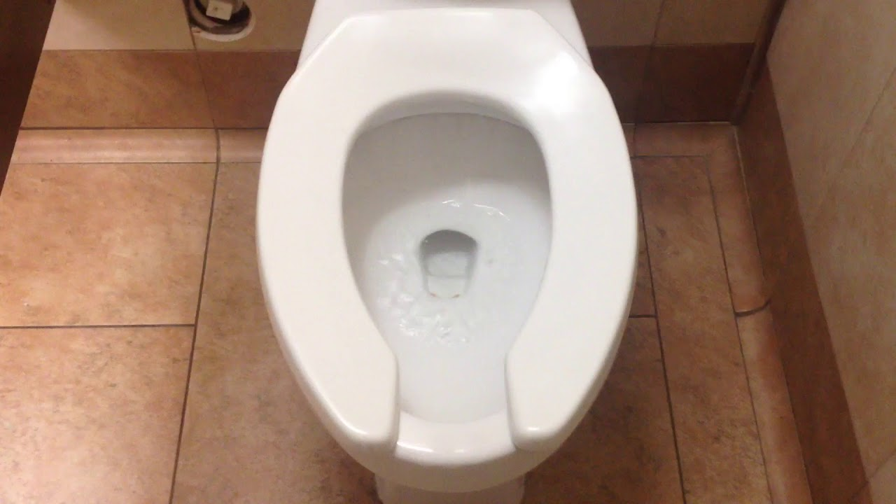 134: 2010 Toto CT705 Toilet at Sam\'s Club New York - YouTube
