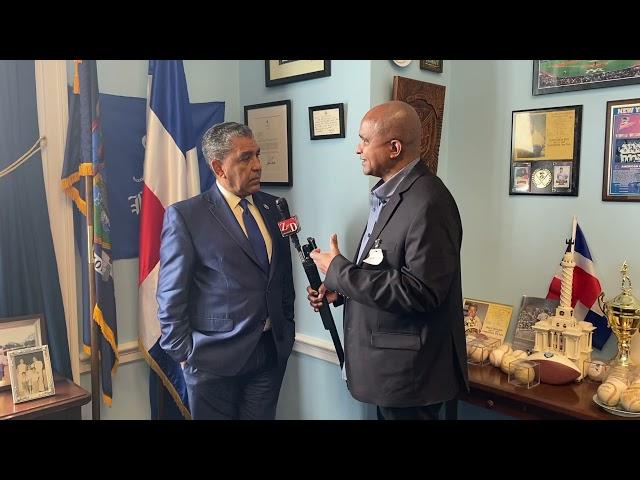 Espaillat solicita al presidente dominicano Luis Abinader reducir los impuestos a los vuelos Dominic