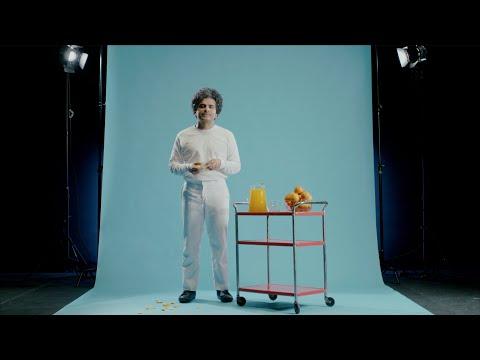 Helado Negro - 'La Naranja' (Official Video)