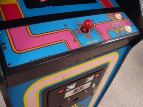 Classic 1981 Ms. Pac-Man Arcade Game - Overview Video - Cabinet, Artwork, Gameplay