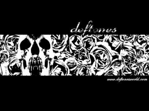 Deftones - Rocket Skates + Lyrics