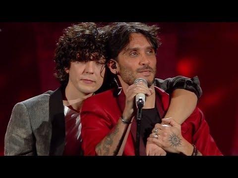 Sanremo 2018: Meta spiega l'abbracciato a Moro dopo l'esibizione - La vita in Diretta 09/02/2018