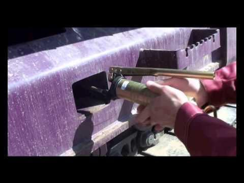 14. Порядок натяжения и ослабления гусениц на экскаваторе ЧЕТРА ЭГП-230