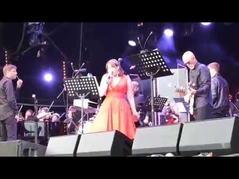 David Bowie Reimagined - Life On Mars (Charlotte Church) - Festival No. 6, 4/9/16