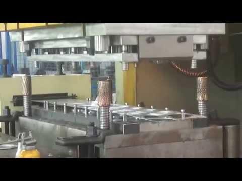 progressive die for oil filter base plate washer连续模机油滤清器基座垫圈