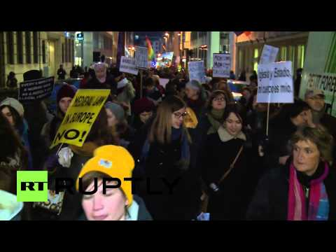 Belgium: Hundreds rally against Spanish abortion law in Brussels