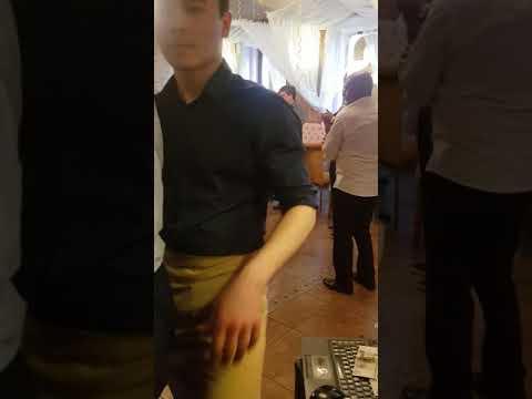 Турки танцует