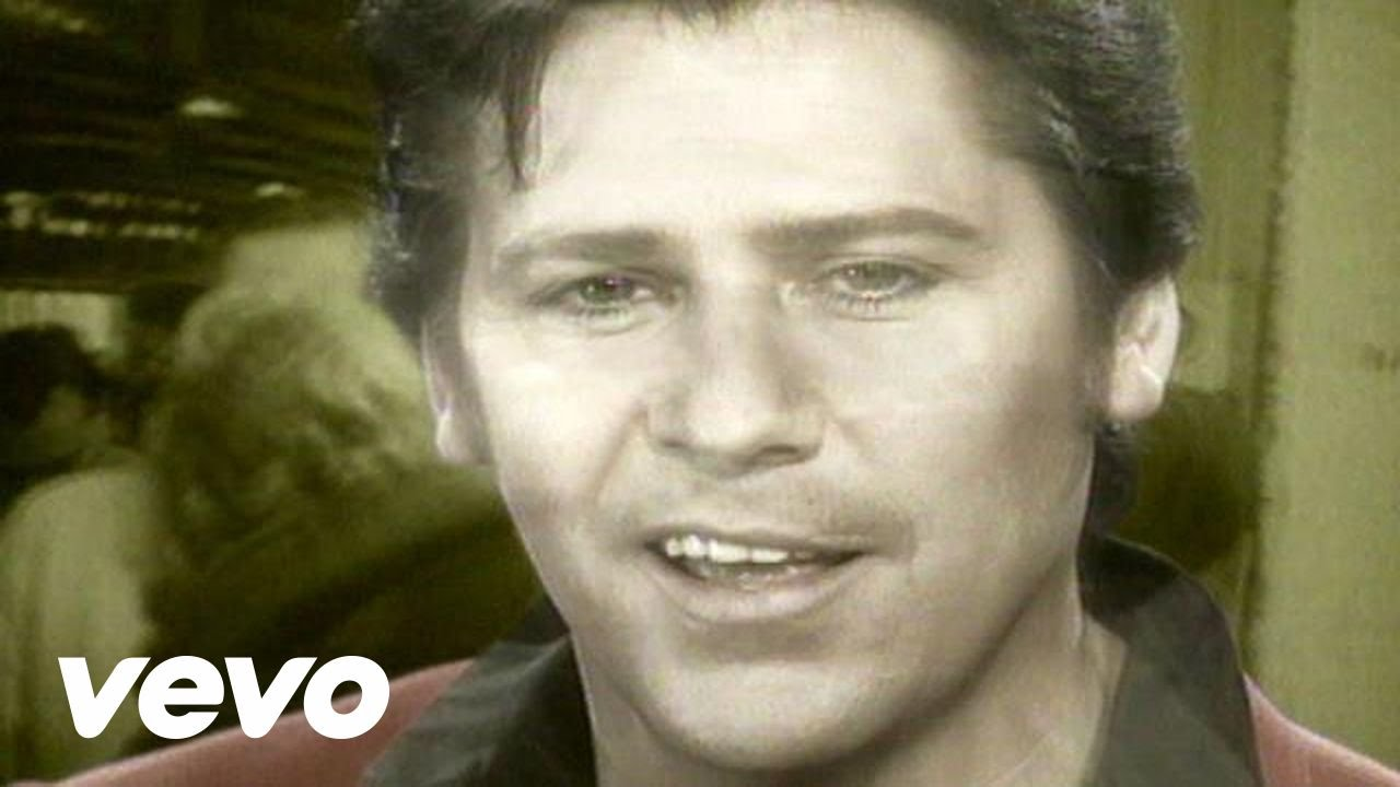 Shakin\' Stevens - I\'ll Be Home This Christmas - YouTube