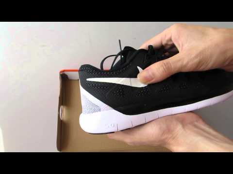 nike-free-5-0-running-shoes-black-and-white