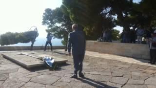 Μεϊμαράκης στον τάφο του Βενιζέλου