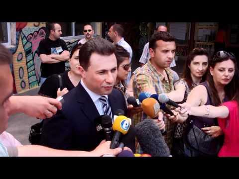 PM Nikola Gruevski voting