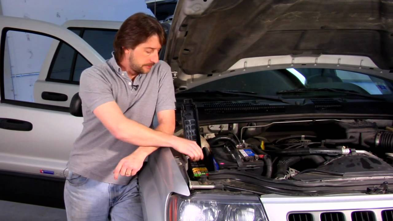 Car Repair Maintenance How To Check If A Relay Is Bad Youtube Kia Magentis 2010 Engine Compartment Fuse Box Diagram