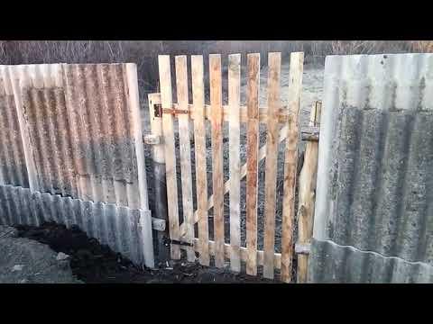 Бюджетный забор из дров и Б/У шифера.