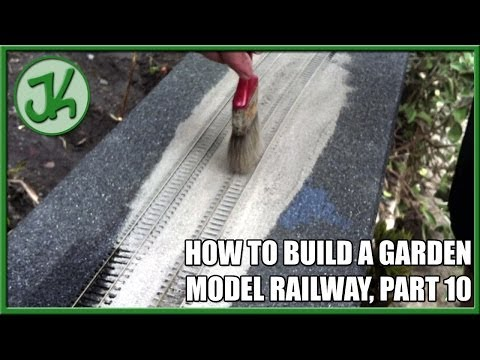 How To Build A Garden Model Railway, part 10   Outdoor Ballasting