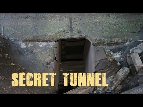 Exploring Abandoned Town! FOUND Secret Hidden Underground Entrance!!