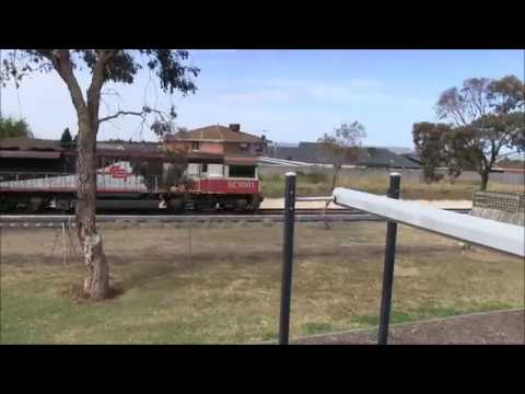 l am railfanning a nother long Perth freight train part 3