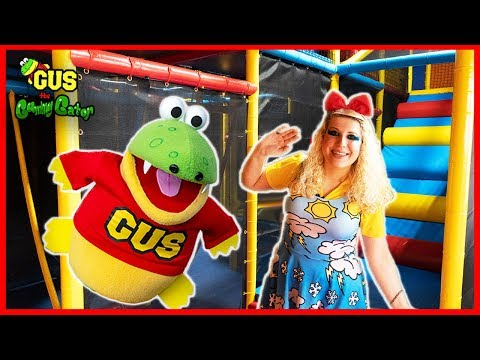 Pretend Play Indoor Playground and Learn Colors for Toddlers with Gus!